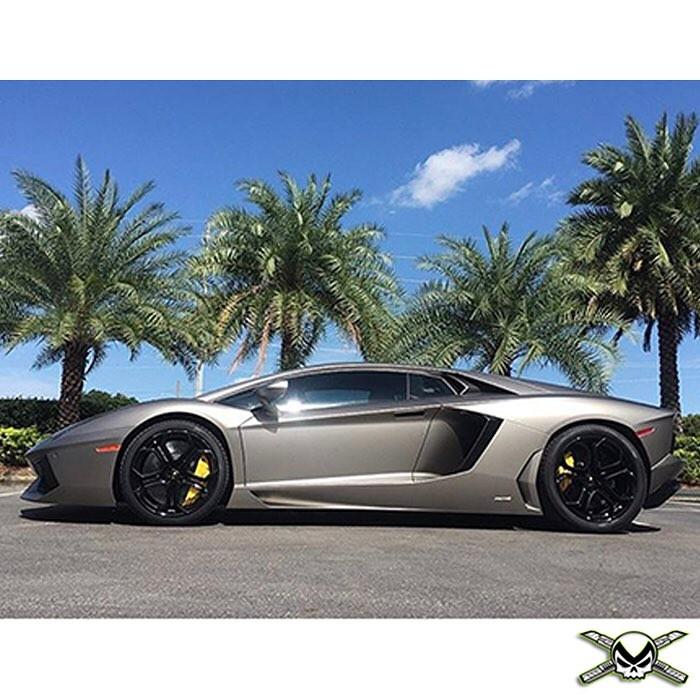 Lamborghini wrapped in Matte Silver vinyl