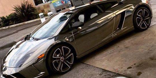 Lamborghini wrapped in Avery SW Black Chrome vinyl