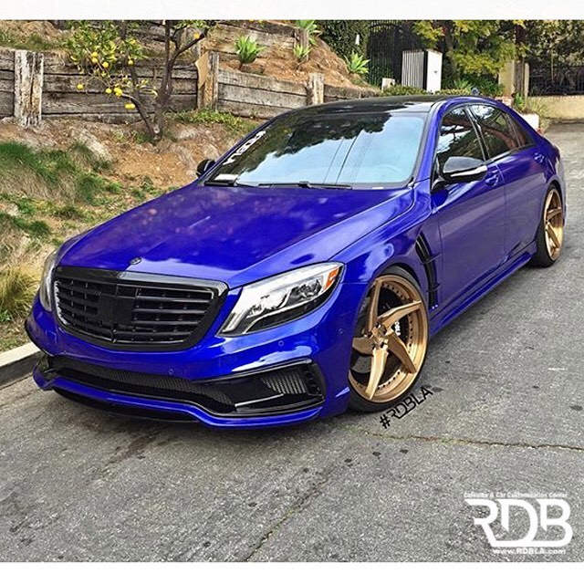 Mercedes Wrapped In 3m 1080 G378 Gloss Blue Raspberry