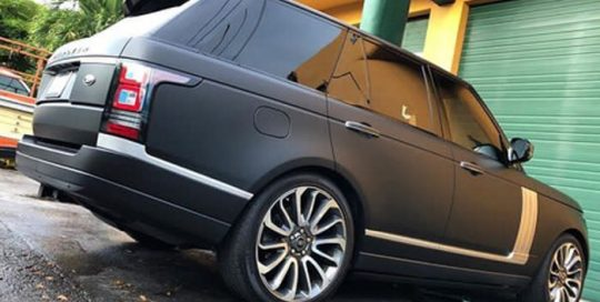 Range Rover wrapped in 3M 1080-M22 Matte Deep Black