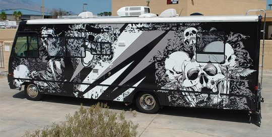 Motorhome wrapped in custom printed 3M 480mC with 8548 Gloss overlaminate