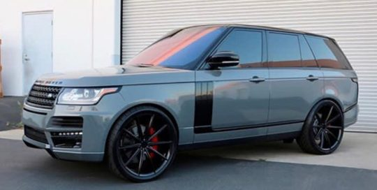 Range Rover wrapped in Avery SW Gloss Dark Grey vinyl