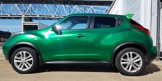 Nissan Juke wrapped in Avery SW Radioactive Green Metallic vinyl