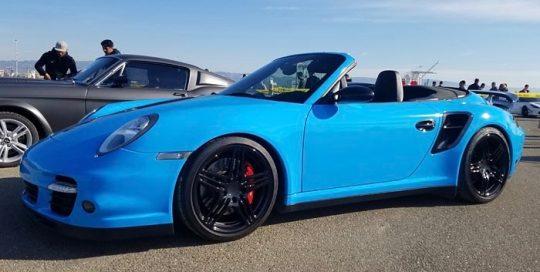 Porsche 911 Turbo wrapped in Avery SW Gloss Light Blue vinyl