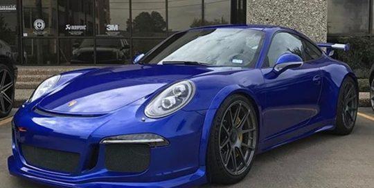 Porsche 911-GT-3 wrapped in Gloss Cosmic Blue vinyl