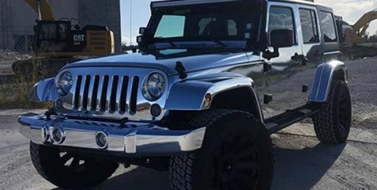 Jeep Wrangler wrapped in Avery SW Silver Chrome vinyl