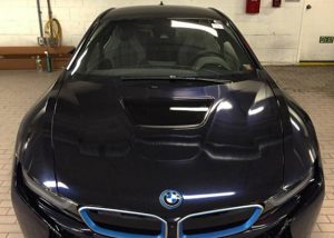 BMW i8 wrapped in Gloss Midnight Blue vinyl