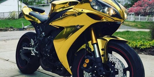 Yamaha R1 wrapped in Arlon UPP Gold Chrome vinyl