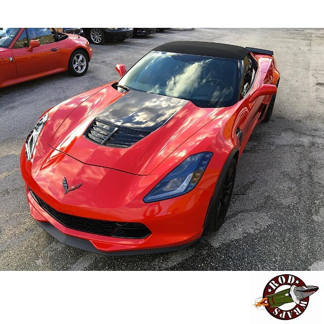 Chevy Corvette z06 wrapped in Avery SW Gloss Red vinyl