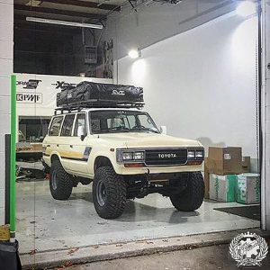 Toyota Land Cruiser wrapped in Orafol 970RA Gloss Taxi Beige
