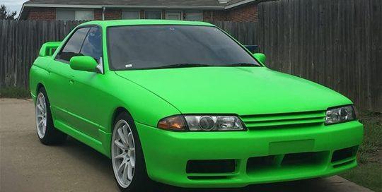 Nissan Skyline R-32 wrapped in 3M Satin Neon Fluorescent Green vinyl