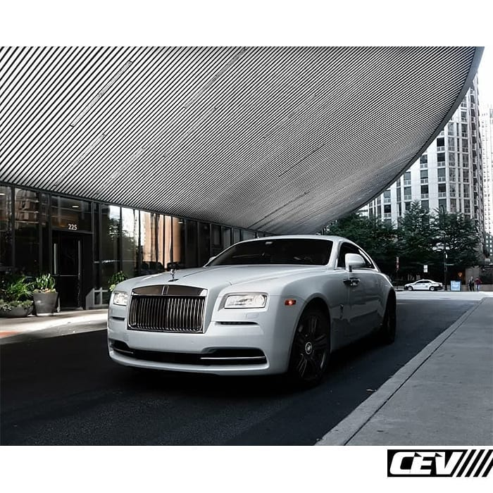 Rolls-Royce Wraith Wrapped in Avery SW Gloss Pearl White Vinyl