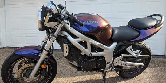 Suzuki Motorcycle Wrapped in Avery ColorFlow Gloss Roaring Thunder BlueRed Shade Shifting Vinyl