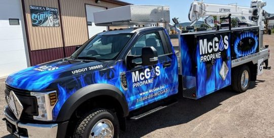 Ford F550 wrapped in custom printed Avery 1105ezrs and 1360z Gloss