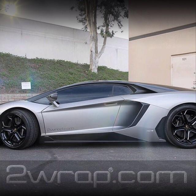 Lamborghini Aventador wrapped in 1080 Matte Grey Aluminum and Gloss Black vinyl