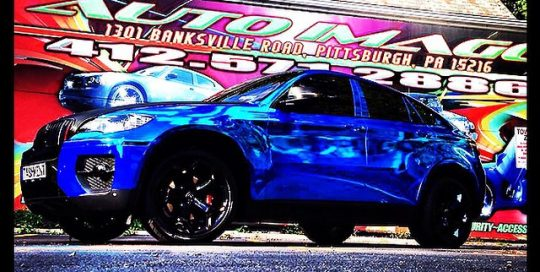 Bmw X6 wrapped in Avery Blue Chrome